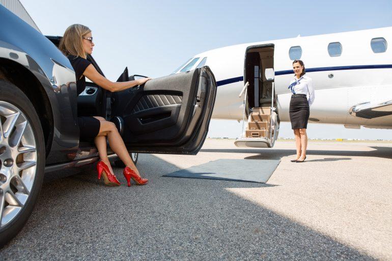 Di chuyển bằng máy bay riêng đã trở thành xu hướng của tầng lớp thượng lưu trong đời sống tại Malta.