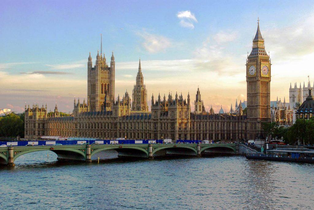 Vương quốc Anh có chương trình Startup Visa mang đến cơ hội định cư tại đây cho các doanh nhân