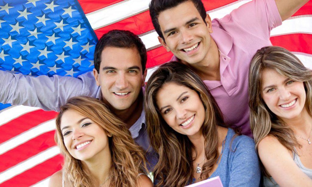 Thẻ xanh và thường trú nhân tại Mỹ để hướng tới việc nhập quốc tịch, trở thành công dân chính thức
